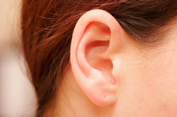 Вы можете удалить пробки в ушах в домашних условиях