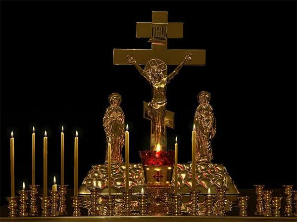 Как поминаются усопшие на Троицкую родительскую субботу: православная традиция