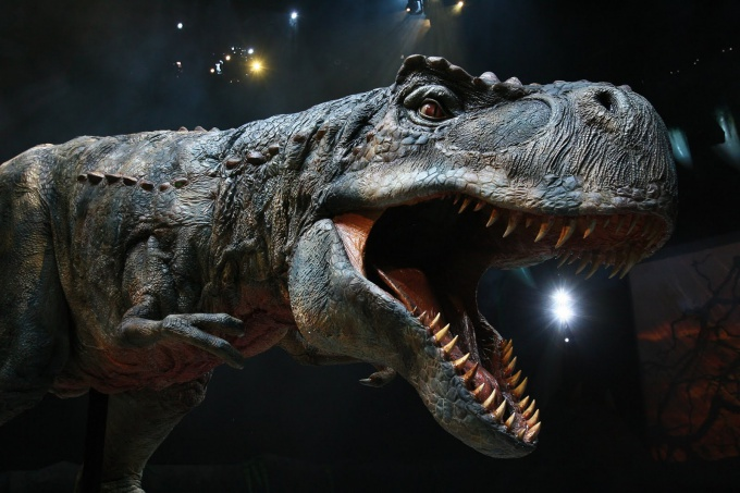 A dinosaur show in Moscow