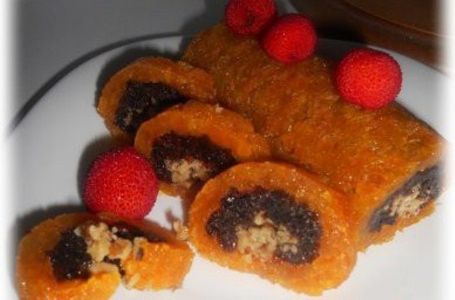 roll of dried fruits and berries