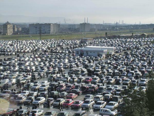 купить подержанный автомобиль в москве