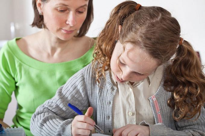 За все, что происходит с ребенком до совершеннолетия, ответственность несут родители.