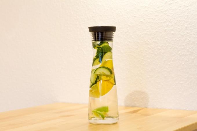 Вода Сасси - витаминный и освежающий напиток. Хорошая замена чаю и кофе
