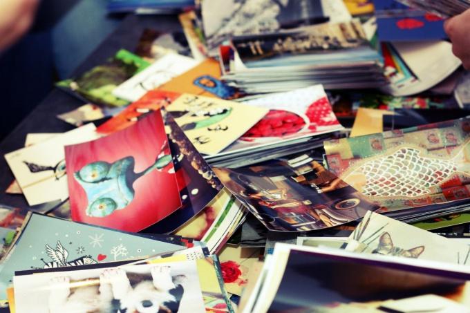 Важно собирать еще и разнообразные открытки для отправки