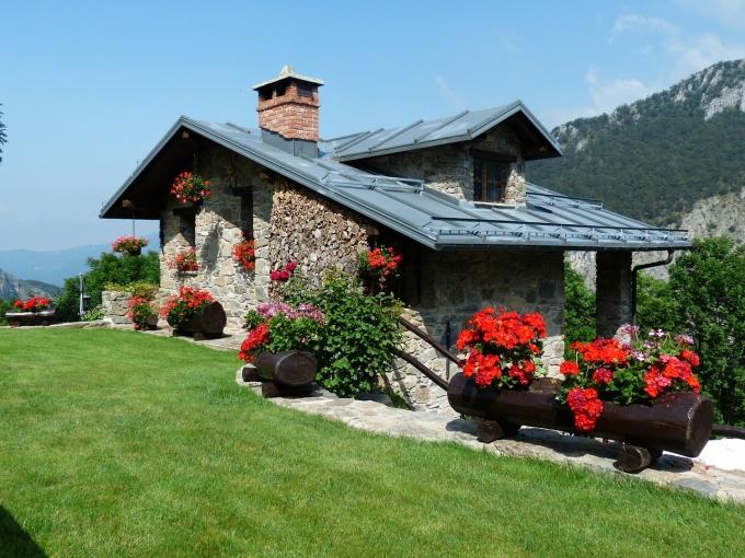На чем сэкономить при строительстве загородного дома