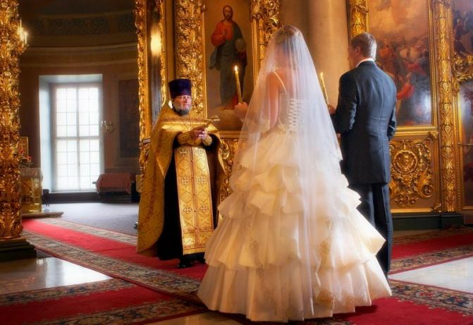 Is it possible the wedding without the preliminary of confession and communion of the spouses