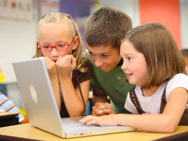 Компьютер в жизни ребенка: за и против