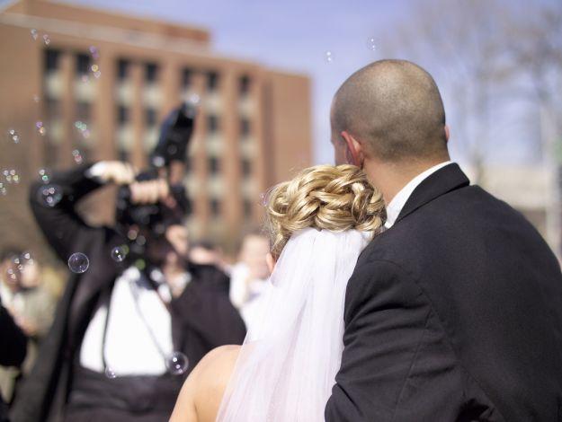 Как выбрать свадебного фотографа: основные правила