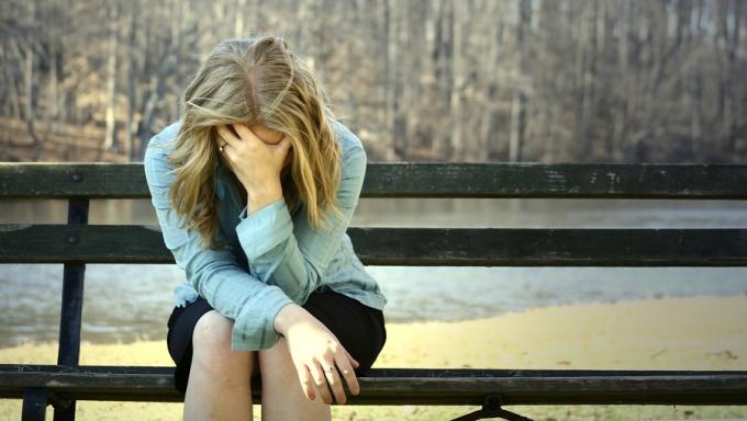 Узнайте, как вернуть любимого человека, если он не хочет общаться