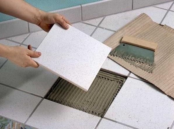 Ремонт плитки на полу
