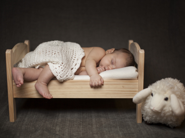 Sound sleep of a child - the key to peace the whole family.