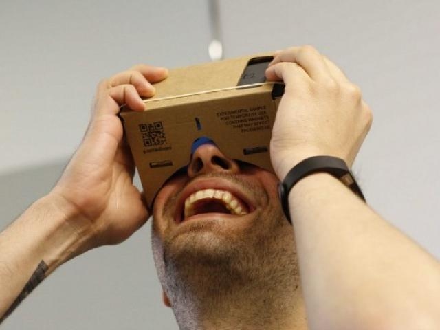 How to make virtual reality glasses