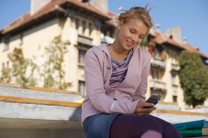 Узнайте, как определить местоположение человека по номеру телефона бесплатно