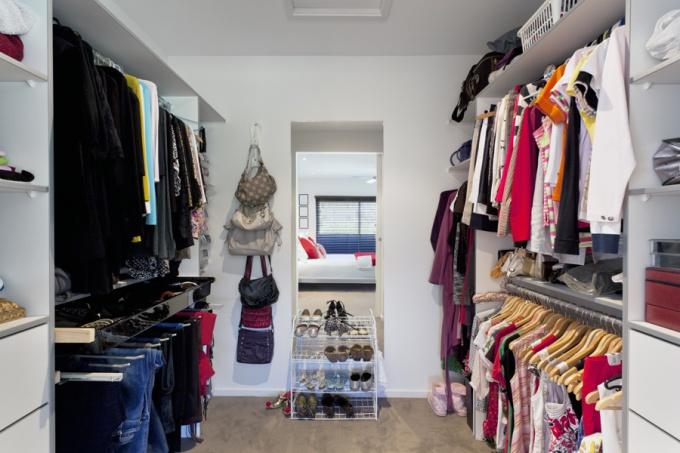 Как сделать гардеробную удобной
