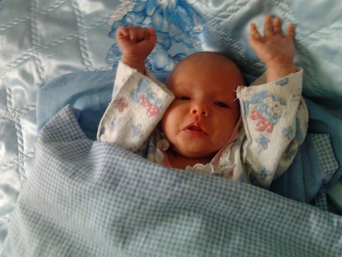 Как шевелит пальчиками ваш малыш
