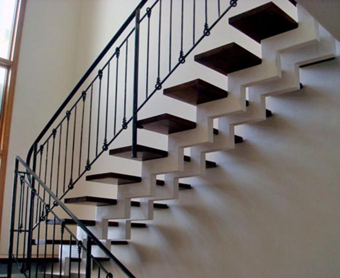 Как заказать каркас лестницы
