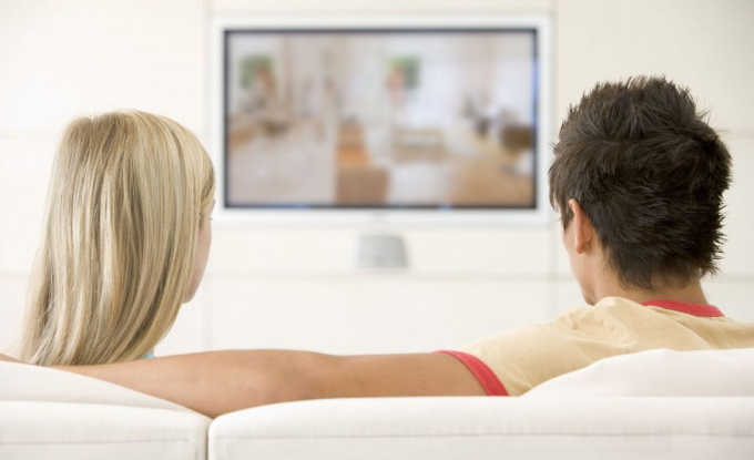 Как телевизор влияет на человека