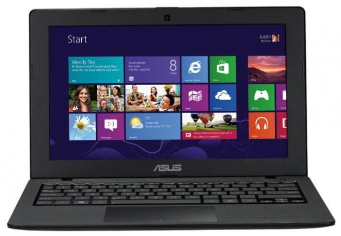 Разбираем ноутбук Asus X200LA