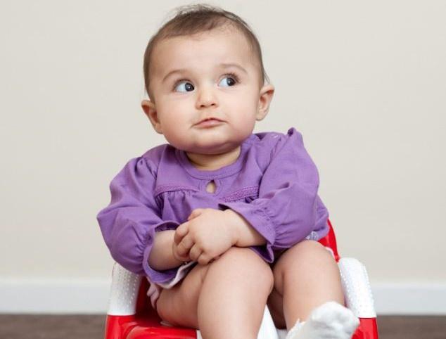 В первую очередь выберите удобный горшок для вашего малыша