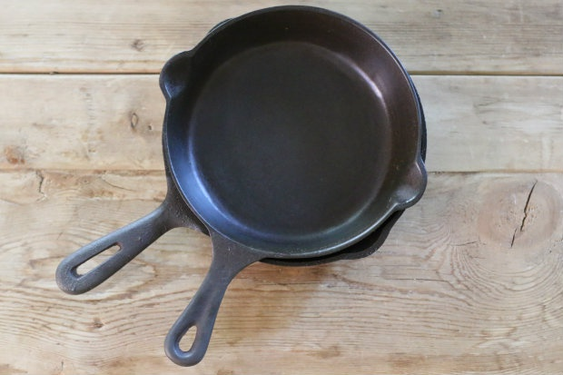 Что делать, если чугунная сковорода ржавеет