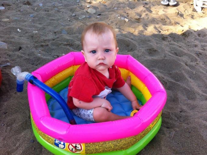К чему быть готовым, когда едешь на море с малышом