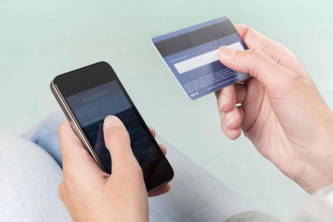деньги с Теле2 на банковскую карту
