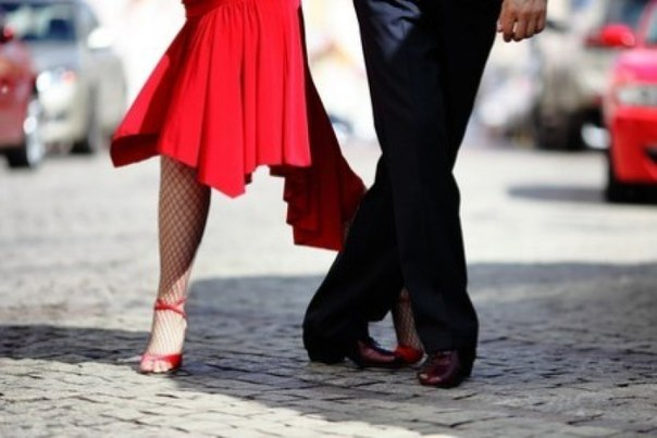 Improving posture and gait with the help of Argentine tango