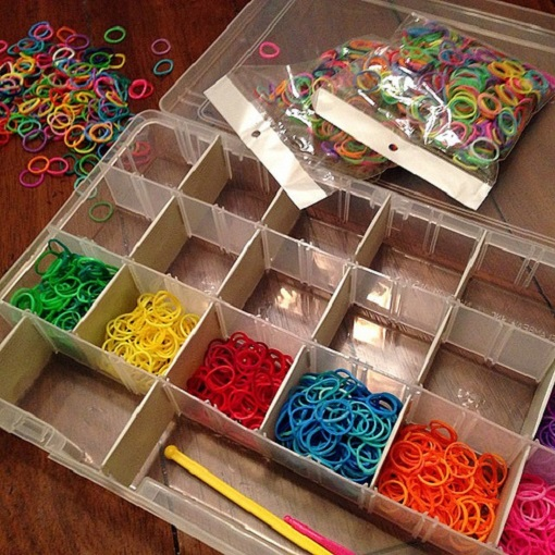 Резинки rainbowloom