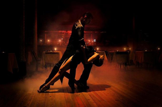 Обучение импровизации в аргентинском танго