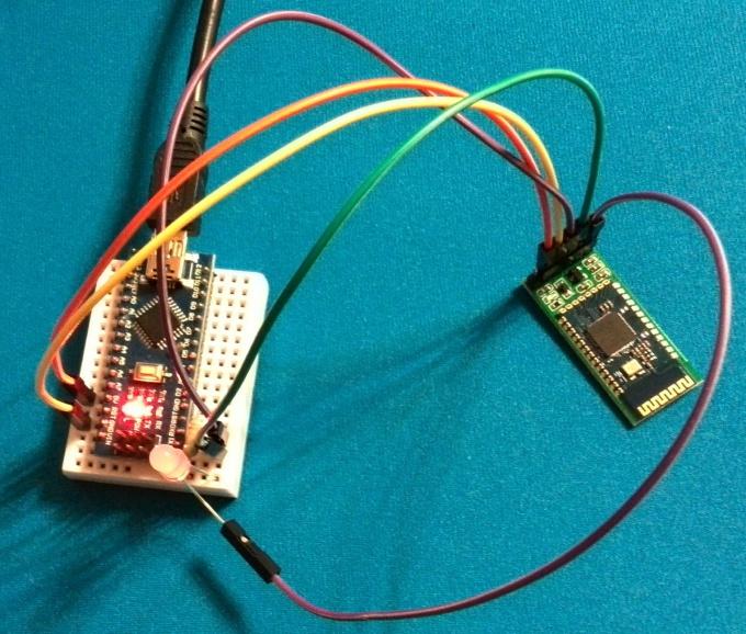 Bluetooth модуль подключён к Arduino
