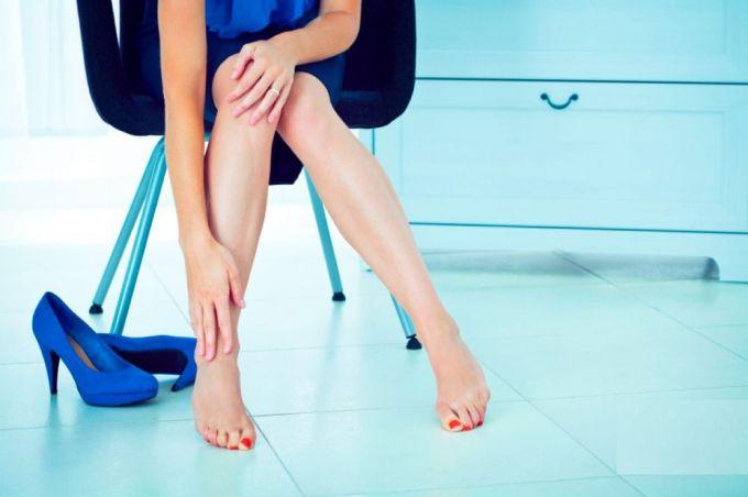 Скипидар живичный для суставов: отзывы о лечении скипидарной мазью