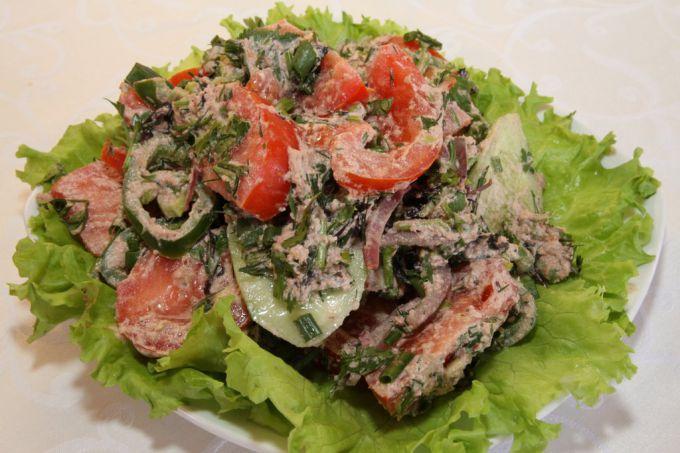 Овощной грузинский салат