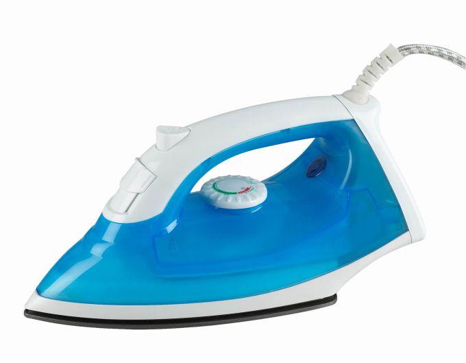 Можно легко почистить утюг в домашних условиях от накипи