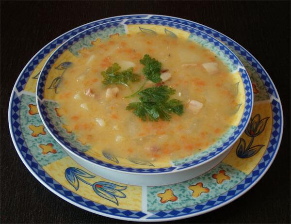 Гороховый суп с сушеными грибами
