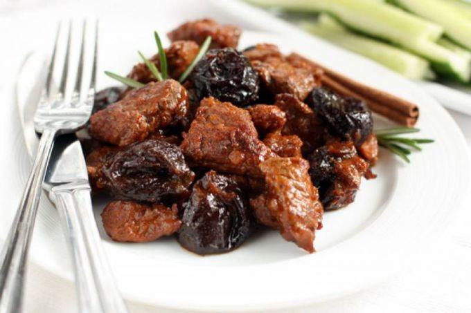 Баранина с черносливом рецепт