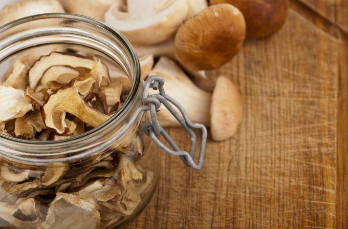 Сколько хранить сушеные грибы в домашних условиях 81