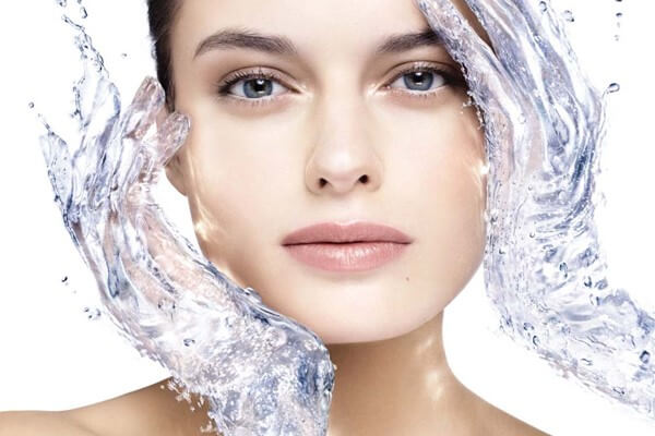Beauty Recipes: moisturize and smooth the skin texture with new technologies and proven means