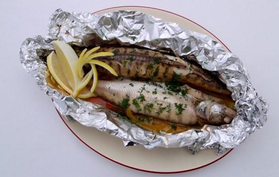 Как просто сделать рыбу в духовке
