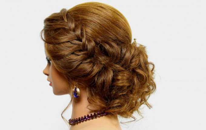 How to do hairstyles for medium hair at home