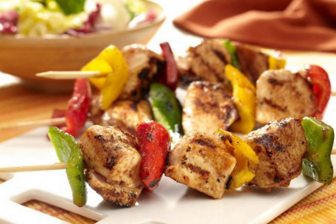 Chicken for kebabs need to marinate