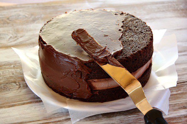 Как приготовить шоколадную глазурь для торта :: как приготовить шоколадный торт в домашних условиях :: Кулинарные рецепты