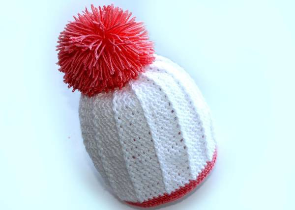 How to make a pompom on a hat