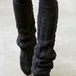 Модные гетры с узором «косы»