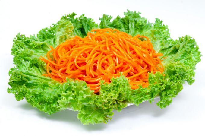Готовим домашнюю морковь по-корейски