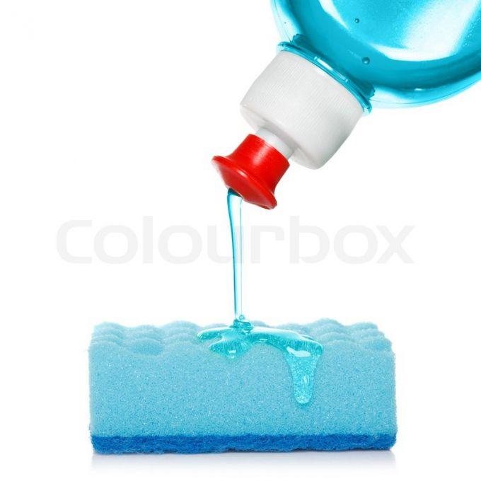 6 способов необычного применения жидкости для мытья посуды