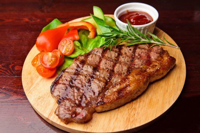Несколько секретов приготовления сочного мяса