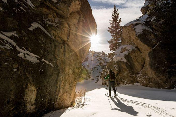 Где можно покататься на беговых лыжах в Москве