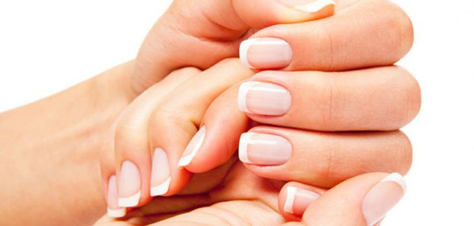 How to whiten yellow nails