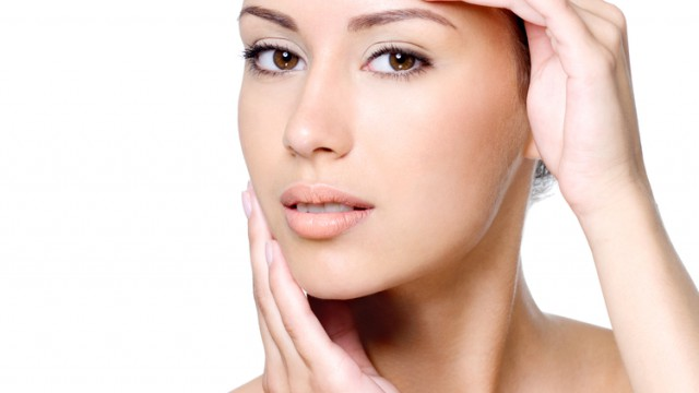 How to slow down the aging process and look younger