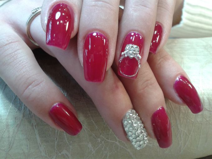 How to beautifully decorate your nails with rhinestones and fix them securely